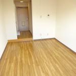 床は新規貼り替え済です!!